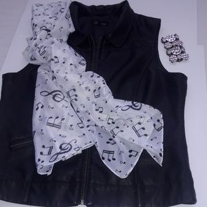 Vegan Black vest with scarf and bracelet